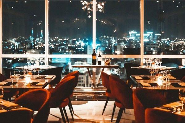 3 nhà hàng sang chảnh có view tầm cao ở TP.HCM