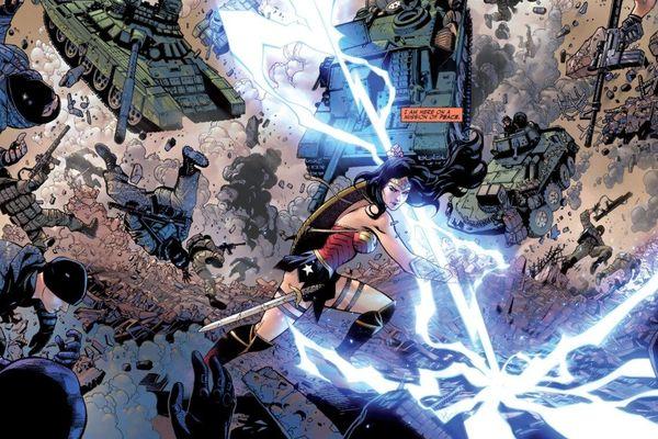 Wonder Woman từng sở hữu tia chớp của Zeus, bạn có tin được không?