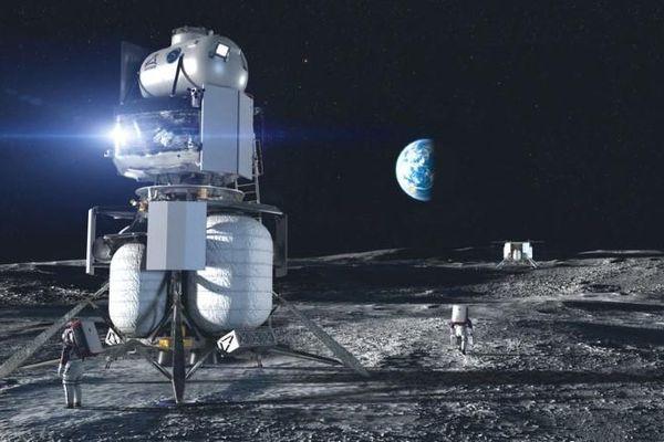 Dự án đưa người phụ nữ đầu tiên lên Mặt trăng