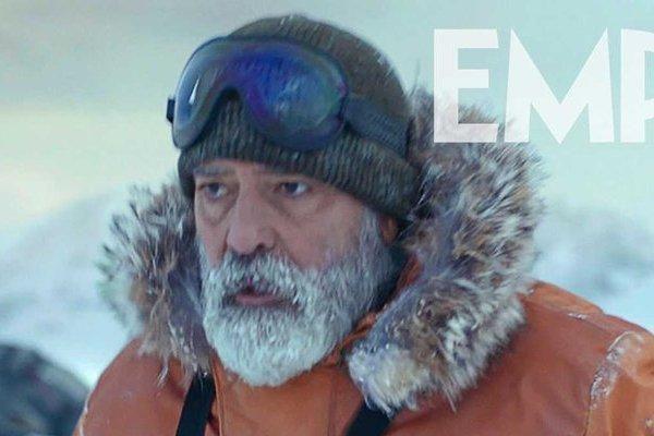 Tài tử George Clooney nhập viện vì chế độ ăn khắc nghiệt