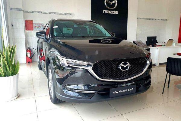 Nhiều mẫu xe Mazda giảm giá mạnh trong tháng 12