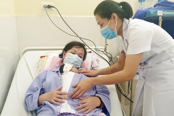 Cứu sống trẻ sinh non tăng áp phổi nặng nhiễm trùng sơ sinh