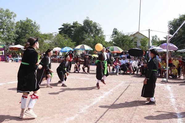 Làm sống lại các giá trị văn hóa dân tộc thiểu số ở Tiên Yên