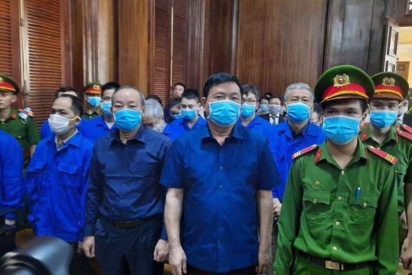 Xét xử ông Đinh La Thăng và 19 đồng phạm: Út 'trọc' lừa đảo như thế nào?