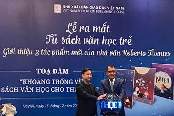 Nhà xuất bản Giáo dục Việt Nam ra mắt tủ sách văn học trẻ