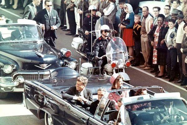Đệ nhất phu nhân Jacqueline Kennedy Onassis: Nửa đời bất hạnh