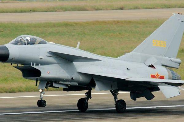 Vì sao J-10 được gọi là chiến đấu cơ của Trung Quốc có 'trái tim' Nga?