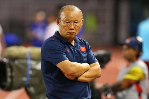 HLV Park Hang-seo nhận hung tin trước trận quyết chiến với Malaysia
