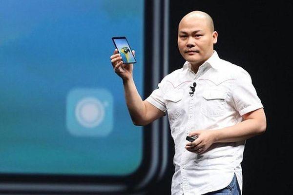 CEO Nguyễn Tử Quảng 'úp mở' về Bphone mới màn hình vô khuyết