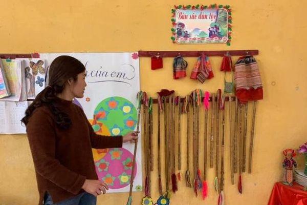 Dạy văn hóa truyền thống - điểm nhấn giáo dục vùng dân tộc