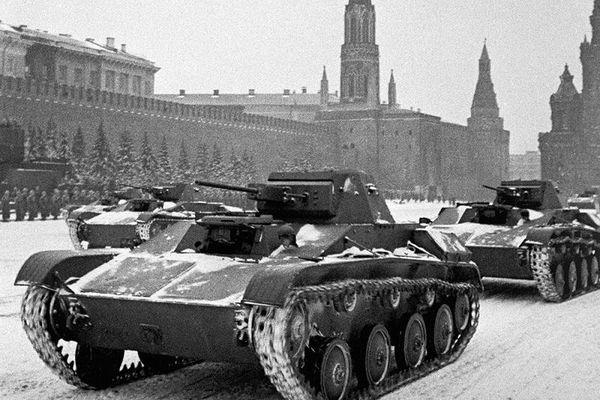 Xe tăng hạng nhẹ T-60: Vũ khí huyền thoại của Liên Xô trong Thế chiến II