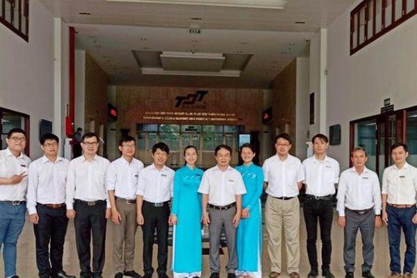 Tiến sĩ Lê Thị Cẩm Tú: Cơ duyên với khoa học Vật lý