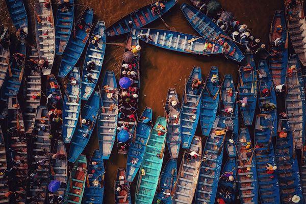 Những ao, hồ, sông ngòi độc đáo ở Hà Nội