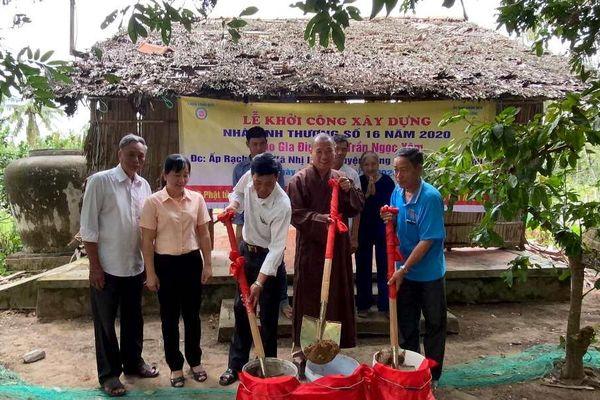 Hoạt động từ thiện hỗ trợ người nghèo tại các địa phương