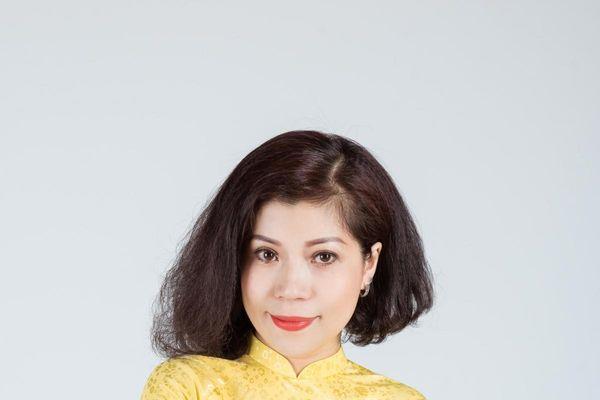 Ca sỹ Đinh Lan Hương ra mắt MV 'Hà Nội bình yên'