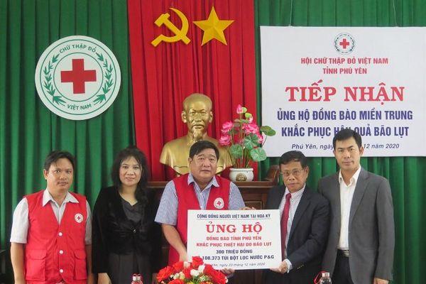 Cộng đồng người Việt Nam tại Hoa Kỳ hỗ trợ Phú Yên khắc phục hậu quả bão lũ