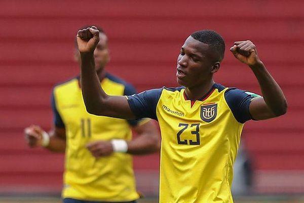 Vượt Chelsea, MU ký hợp đồng 5 năm với sao tuyển Ecuador