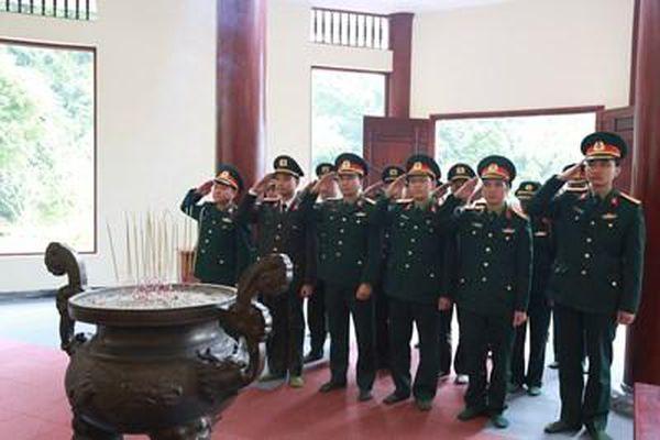 Đoàn cơ sở Cơ quan Tổng cục Công nghiệp Quốc phòng tổ chức các hoạt động về nguồn tại Cao Bằng
