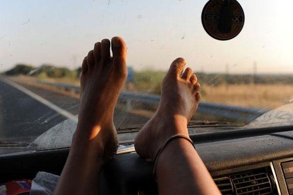 Các chị lên ô tô cấm được ngồi kiểu này, xảy ra tai nạn sẽ ân hận cả đời