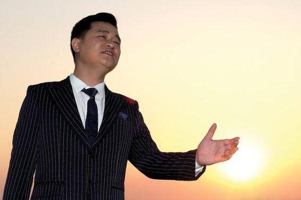 Ca sĩ Thanh Tuấn hát về Hải Phòng bằng cả trái tim