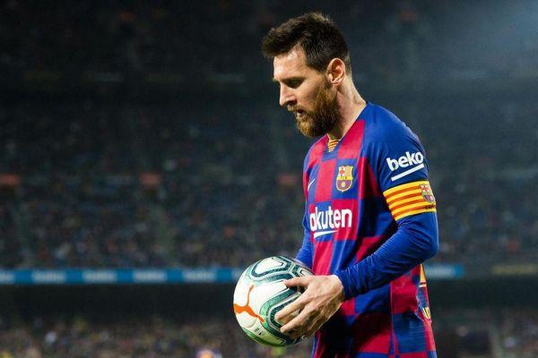 Messi: 'Tôi sẽ thắng nếu kiện Barca ra tòa'