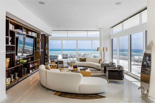 Bên trong căn penthouse 35 triệu USD của tỷ phú Mỹ
