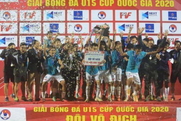 18 chức vô địch và những chuyện lạ ở 'lò luyện đan' cho bóng đá Việt Nam