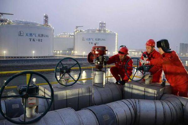 Trung Quốc đối mặt căng thẳng năng lượng