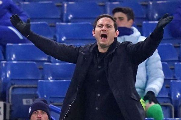 Lampard nhận cảnh báo sa thải từ Chủ tịch Abramovich