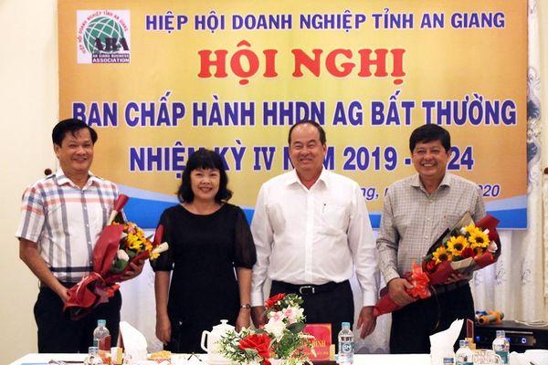 Ông Hồ Việt Hiệp giữ chức Chủ tịch Hiệp hội Doanh nghiệp tỉnh An Giang (nhiệm kỳ 2019-2024)