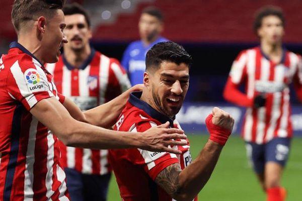 Atletico bắt đầu mơ lật đổ Real và Barca