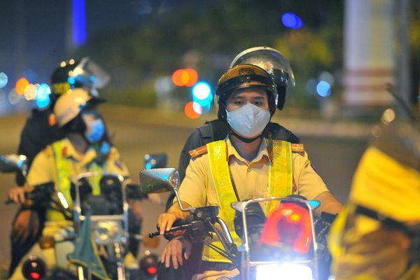 TP.HCM huy động hơn 1.900 cảnh sát điều tiết giao thông đêm nay
