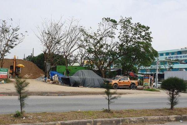 Quảng Nam: Ớn lạnh xe tải chạy ngược chiều QL1A từ bãi cát trái phép