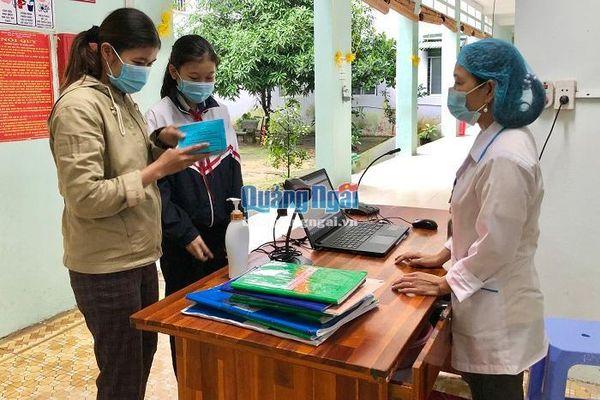 Lập hồ sơ sức khỏe điện tử cho người dân