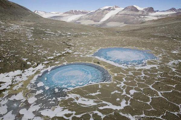 Hoang mạc kỳ lạ nhất trái đất 2 triệu năm không một giọt mưa