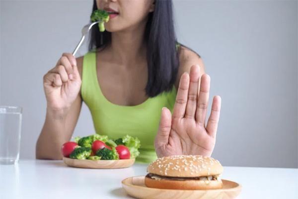 Các cách đơn giản để tránh cơn đau tim đột ngột