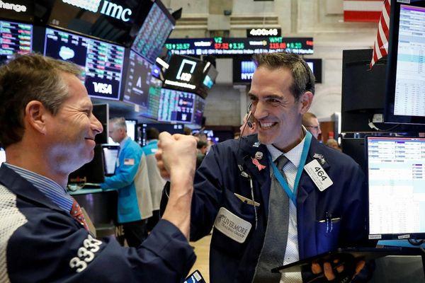 Cổ phiếu nào tăng điểm mạnh nhất trong S&P 500 năm 2020?