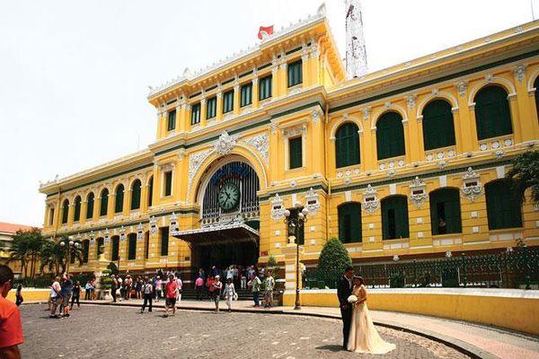 Bưu điện Trung tâm thành phố Hồ Chí Minh - một điểm đến hấp dẫn
