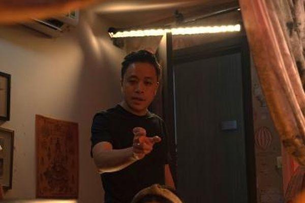 Đạo diễn Victor Vũ tạo dựng 'vũ trụ bùa ngải' đầu tiên trên màn bạc Việt Nam