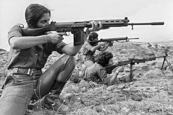 5 khẩu súng bộ binh làm lên lịch sử nhà nước Israel