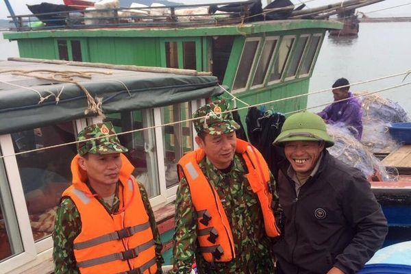 Đồn Biên phòng Quảng Đức: Bắt giữ 2 tàu khai thác thủy sản trái phép