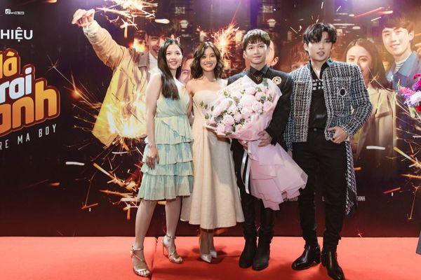 Dàn sao Việt hội tụ mừng ra mắt web-drama đam mỹ của Đỗ Hoàng Dương và Cody (Uni5)