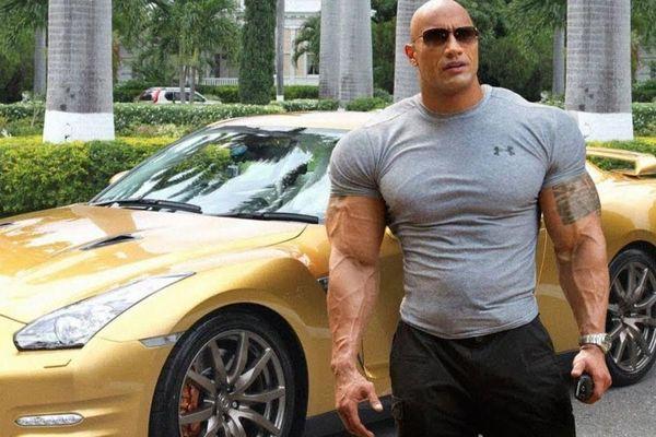 Sao Hollywood tặng xe hơi, triệu USD cho bạn thân