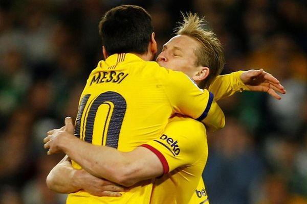 Messi kiến tạo đẳng cấp giúp Barca đánh bại đội bét bảng Huesca