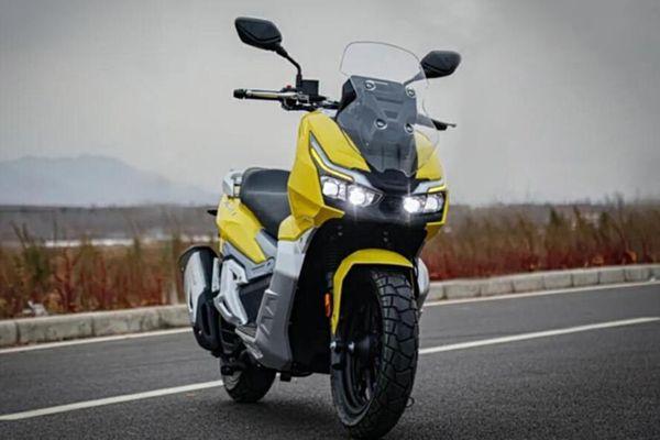 Xe Trung Quốc nhái Honda ADV 150 được ra mắt