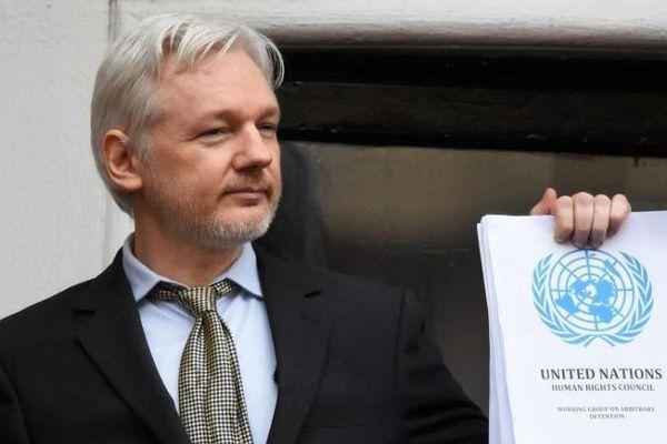 Anh-Mỹ mâu thuẫn về dẫn độ nhà sáng lập WikiLeaks