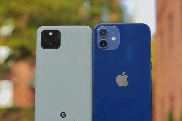 So sánh Google Pixel 5 với iPhone 12 Mini: smartphone nhỏ gọn, cấu hình khủng