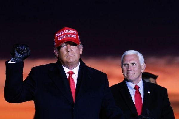Ông Trump tham gia cuộc biểu tình 'Cứu nước Mỹ' đúng ngày họp Quốc hội