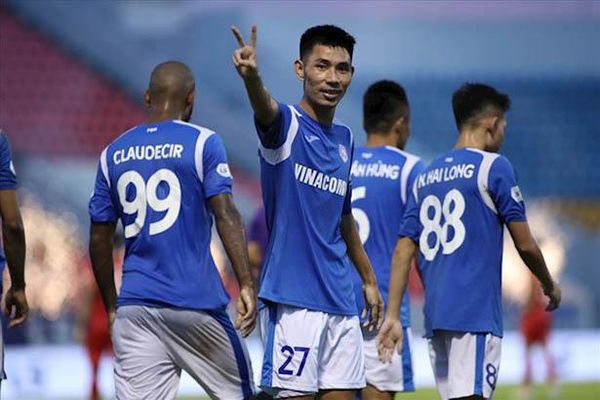 Quách Tân quyết tâm cùng Hồng Lĩnh Hà Tĩnh vào top 6 V.League 2021'
