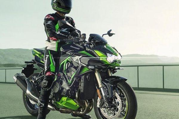 Siêu mô tô Kawasaki Z H2 2021 và Kawasaki Z H2 SE 2021 ra mắt